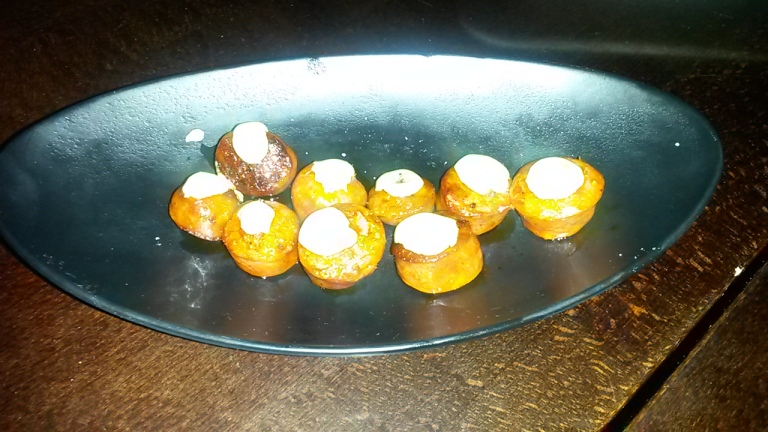"Chorizo topped with alioli – ""grilled chorizo & roasted garlic alioli"""