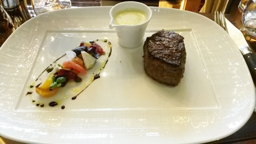 Petit Filet Mignon 6oz, South Devon Angus, South West England, Aged 28 Days & Beet & Goats Cheese Salad